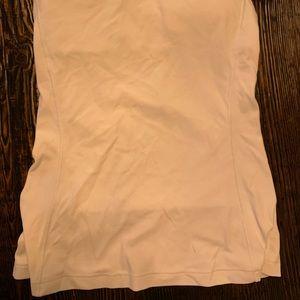 White lululemon tank top